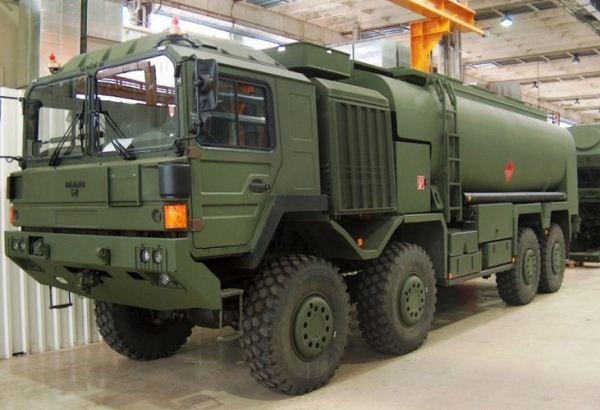 Truk logistik HX77