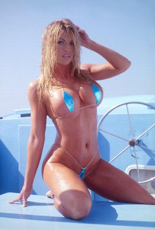 weiß slingshot bikini porno