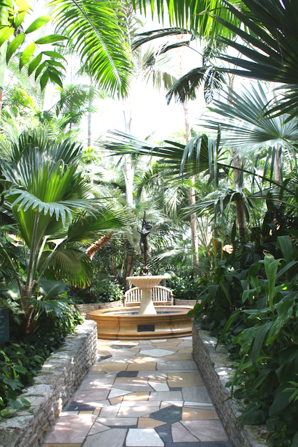 Garden tranquility, sculptures and water features at Como Park Conservatory