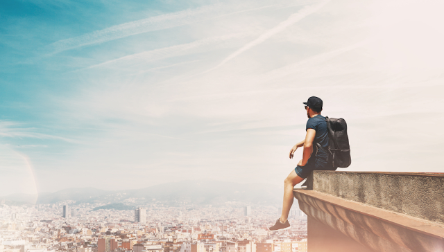 Tips Mempersiapkan Travelling Saat Musim Liburan