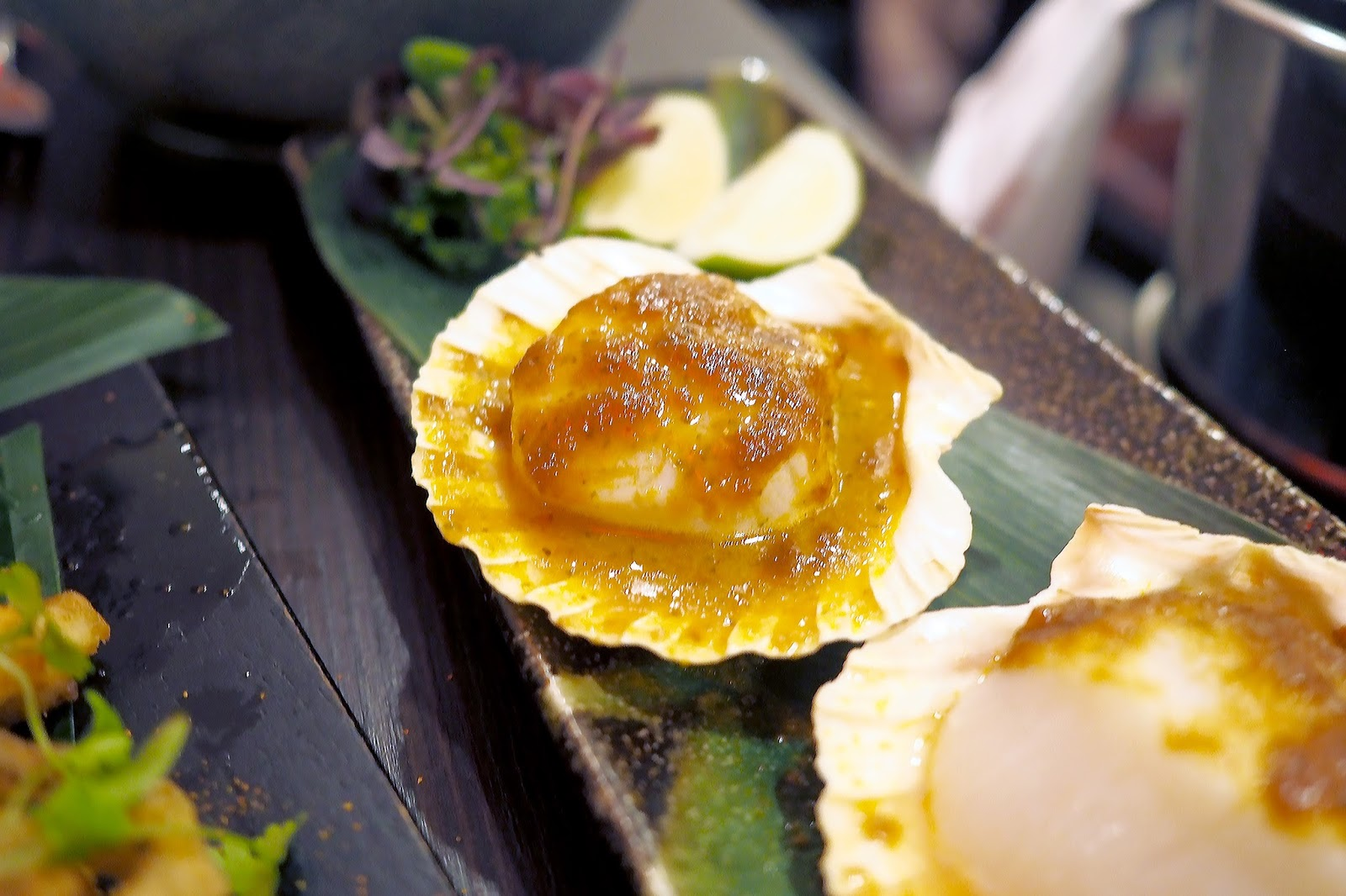King scallops in shell
