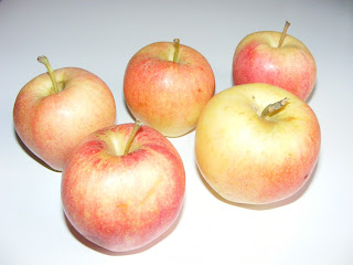 fructe, mere romanesti, retete cu mere, preparate din mere, retete cu fructe, preparate din fructe, retete, fresh, sanatate,