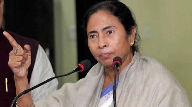 मोदी को मीडिया बढ़ा चढा कर दिखा रहा है: ममता बनर्जी
