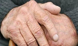 H σκληρή αλήθεια για τους συνταξιούχους: Μειώσεις έως 50% στο εισόδημα