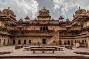 Orchha fort , Madhya Pradesh picture