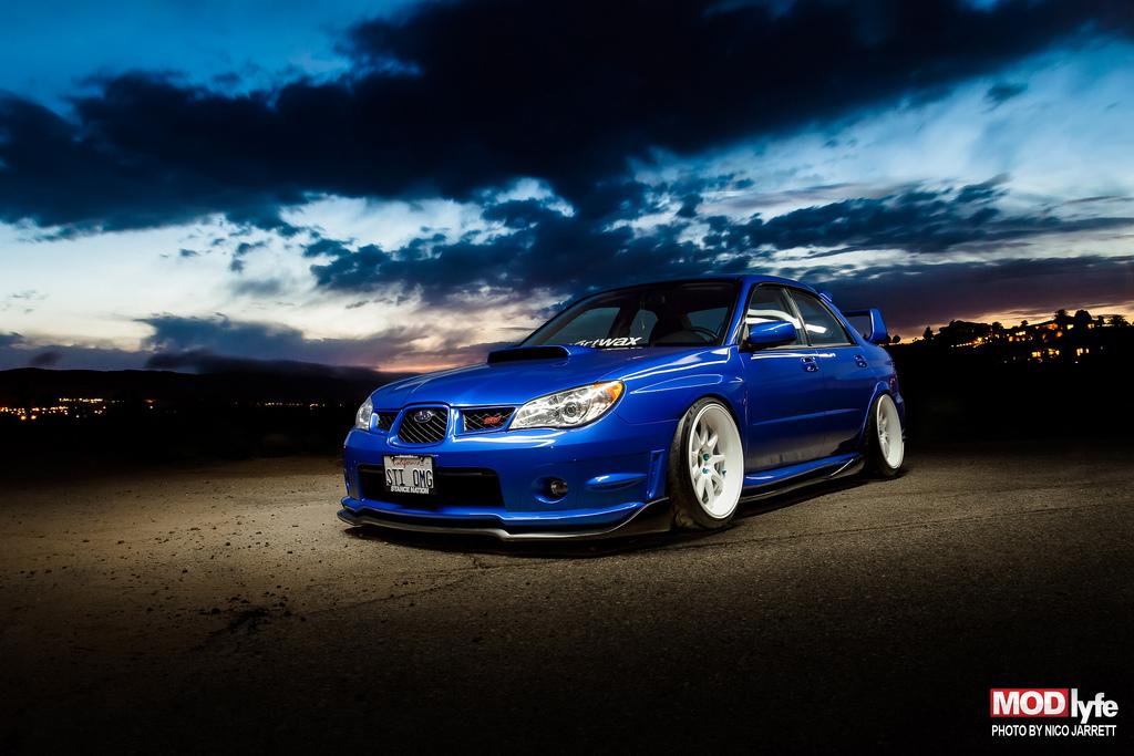 Subaru Impreza STi, boxer, awd, legendarne sportowe sedany, popularne