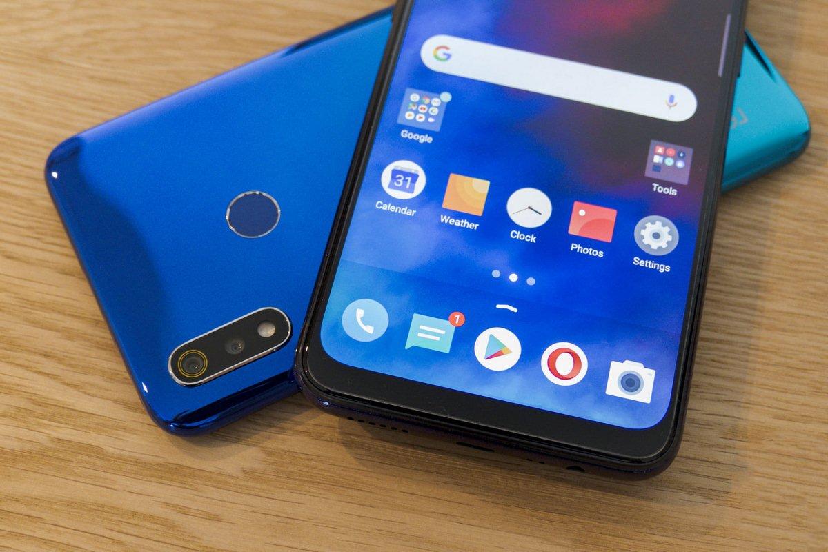 Điện thoại giá rẻ Realme 3 ra mắt tại thị trường Việt Nam