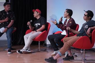 Senayan skateboarder: An Indonesian History of Skateboarding