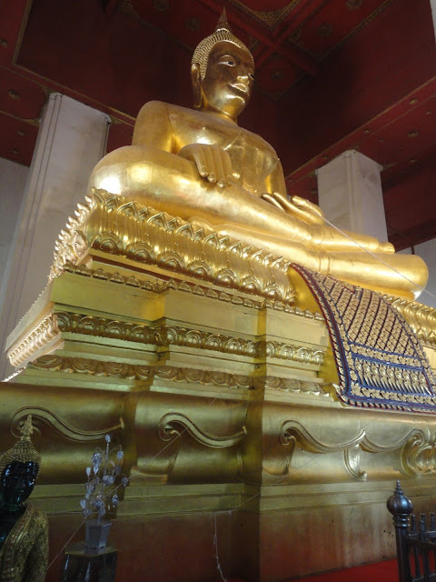 Wat Mongkhon Bophit, temple Thaïlande, Ayutthaya, location vélo, guesthouse
