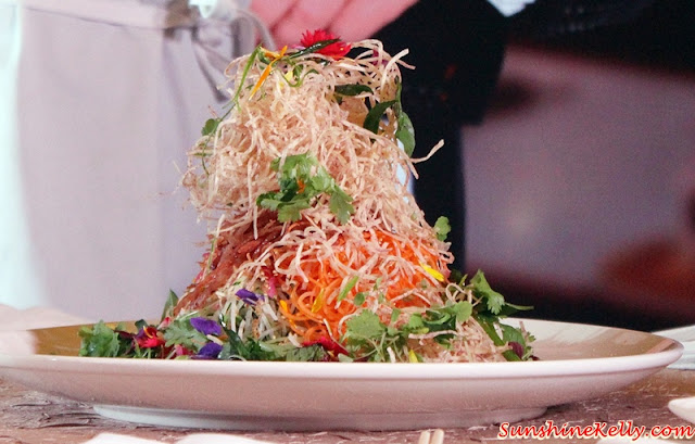 Singapore Slaw, yee sang, Dinner with the MasterChef Asia Judges, Westin KL, MasterChef Asia judges, Chef Susur Lee, Chef Bruno Menard, Chef Audra Morrice