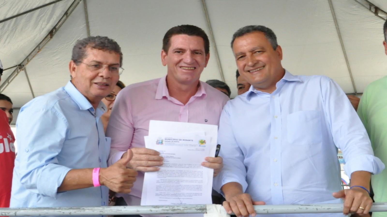 c2ff5ed967 REGIÃO  Governador Rui Costa garante a complementação da BA-640 ...