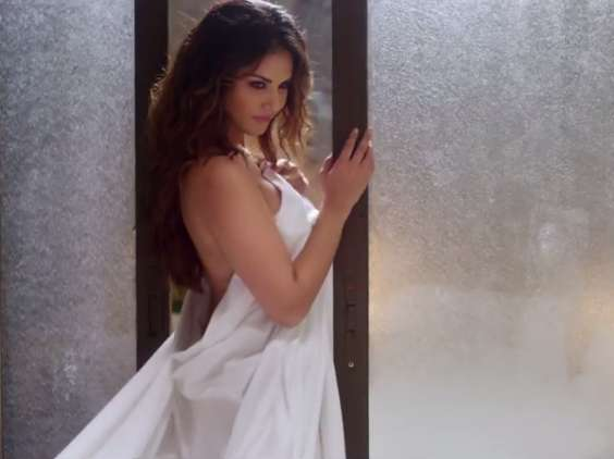 sunny leone about to strip in one night stand movie