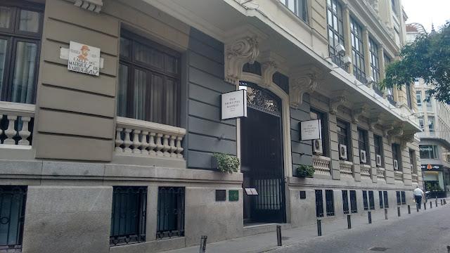 La terraza de the principal. Direccion