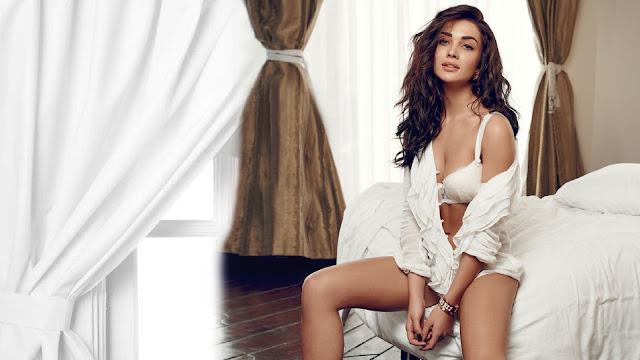 Amy Jackson HD Wallpaper