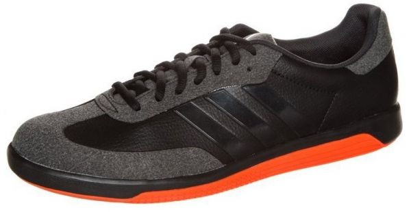ac2e197d54591 تسوق اونلاين احدث تشكيله احذيه اديداس Adidas تصلك اينما كنت - Araby ...