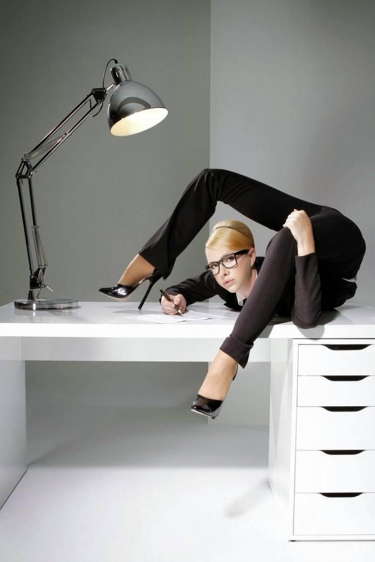 Julia Günthel, a mulher mais flexível do mundo