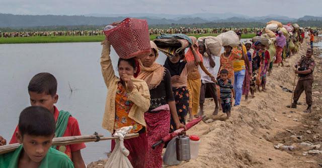 আরও ৫ লাখ রোহিঙ্গা বাংলাদেশে প্রবেশের অপেক্ষায়