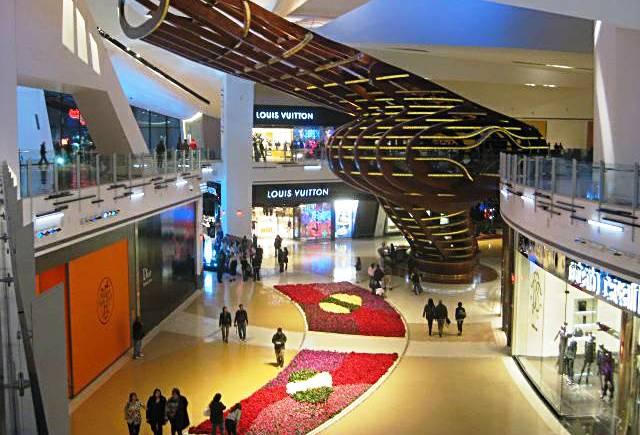 Shopping Crystals em Las Vegas