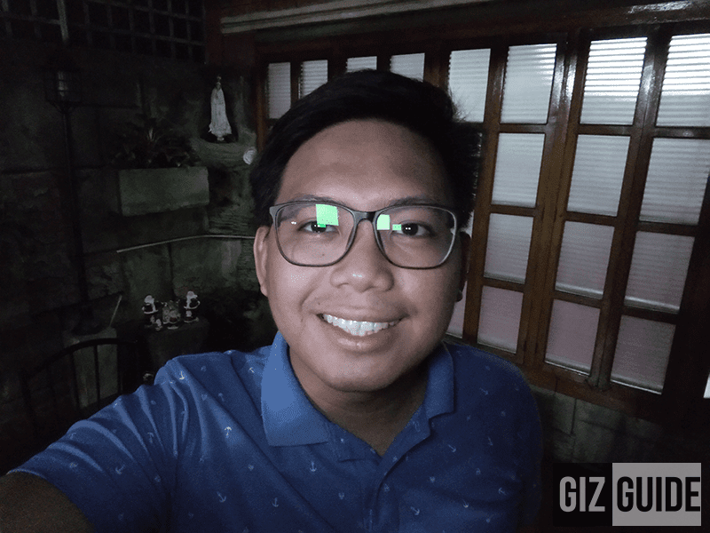 Lowlight selfie with flash