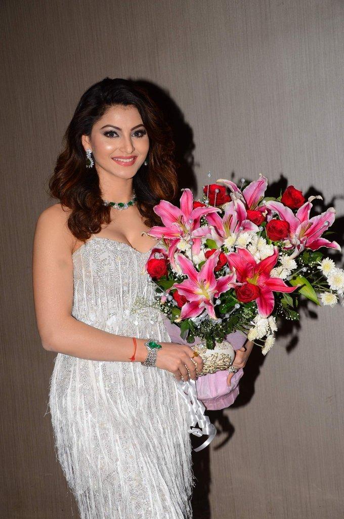 Urvashi Rautela Birthday Celebrations 2017 Images