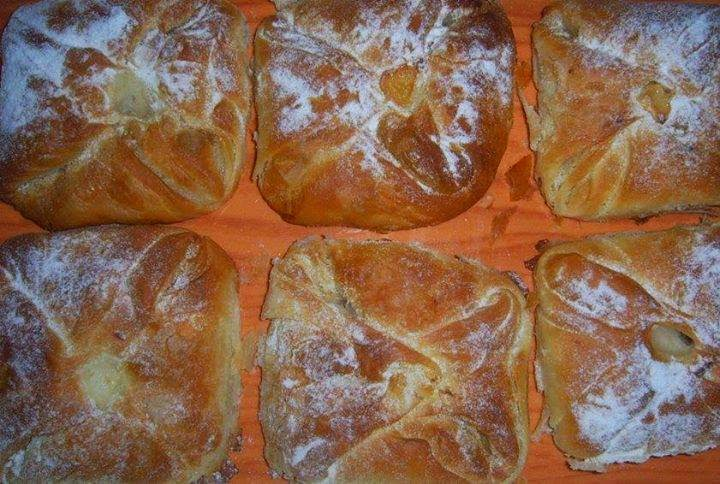 Recette des tartes farcies au beurre et aux pommes