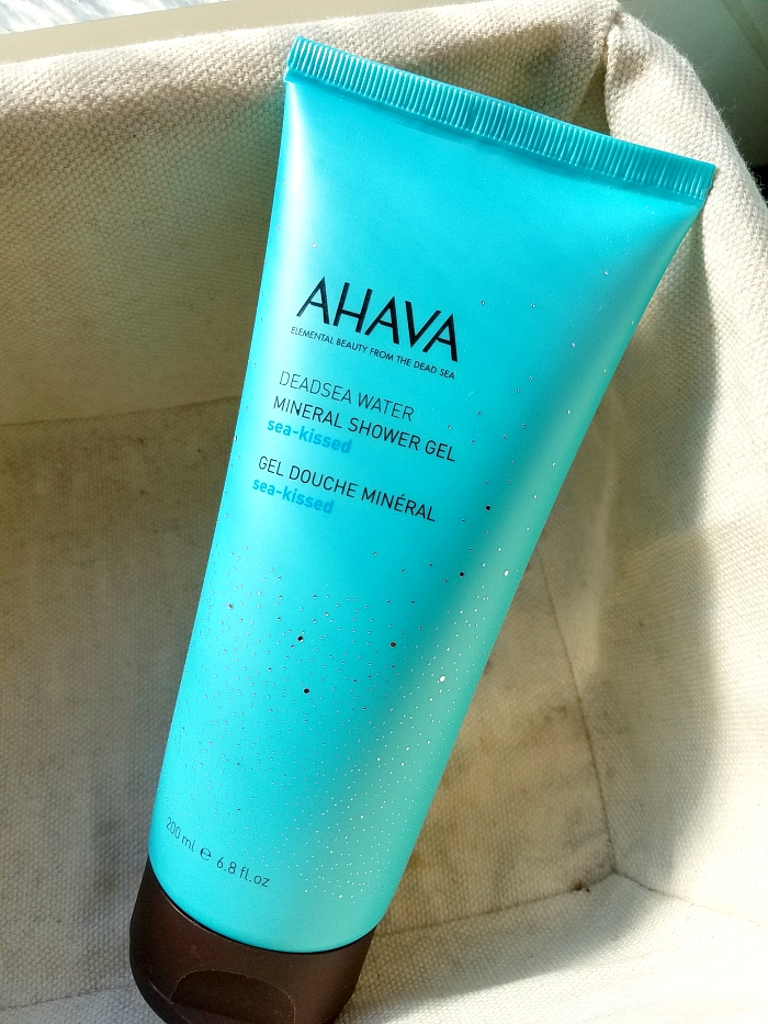 What´s in my bathroom - The Summer Edition - AHAVA Sun-Kissed Showergel