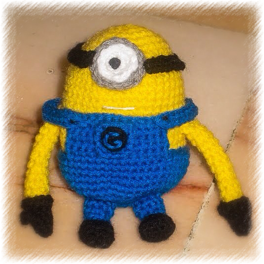 crocheted 1 eyed despicable me minion amigurumi