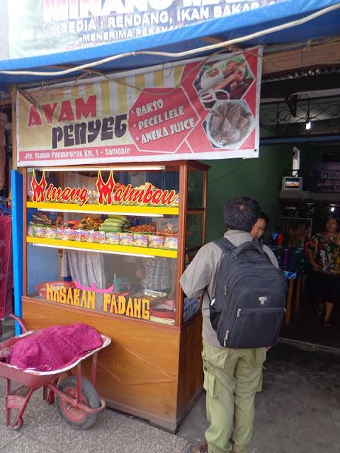 makanan halal di samosir