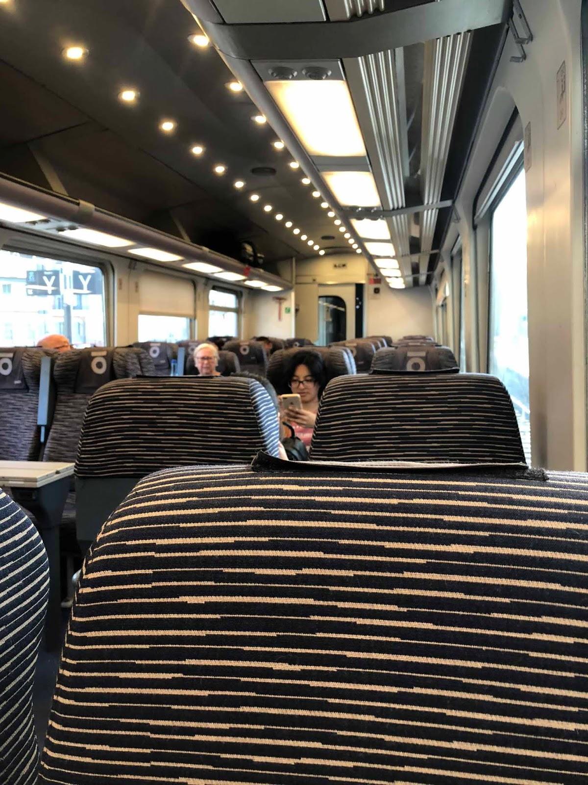Puolityhjä Thellon juna