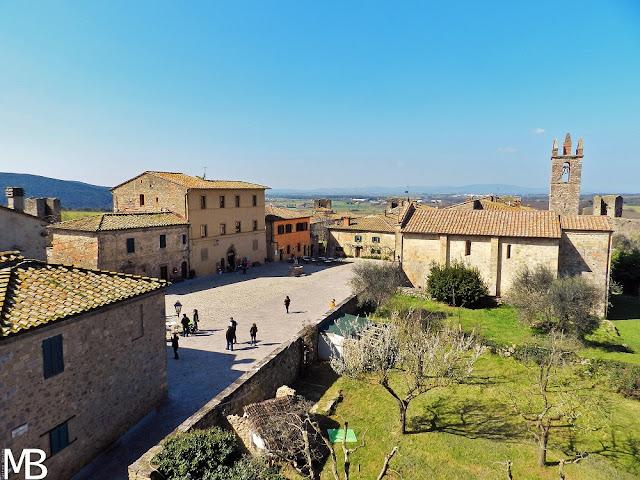 Monteriggioni vista dalle mura