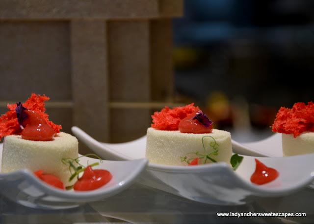 desserts at Palazzo Versace Dubai
