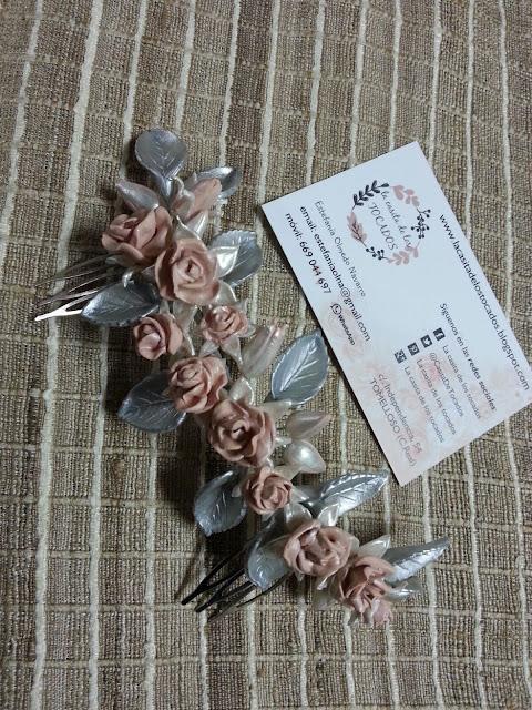 peineta con rosas de porcelana para novia