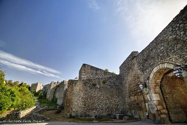 Murallas de la Ciudad Vieja de Ohrid - Macedonia por El Guisante Verde Project