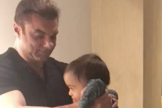 This Video Of Sohail Khan Playing With Ahil Is Soo Cute