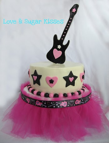 DIY Tutorial to Make a Tutu Cake Stand.