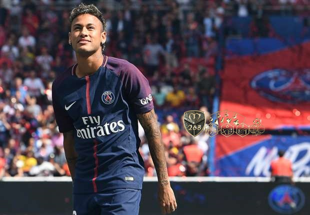 Transfer Lunas , Neymar segera debut bersama PSG