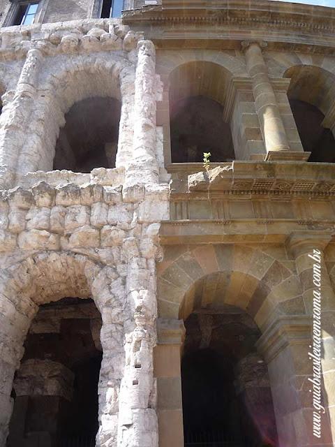 teatro marcello roma guia De turismo marmore tufo - Teatro Marcelo
