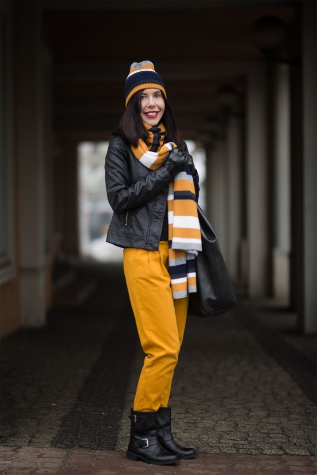 musztardowe-spodnie