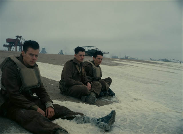 Harry Styles as Alex, Aneurin Barnard as Gibson and Fionn Whitehead as Tommy in Dunkirk