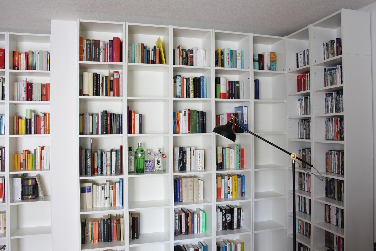 Bücherregal Ecke