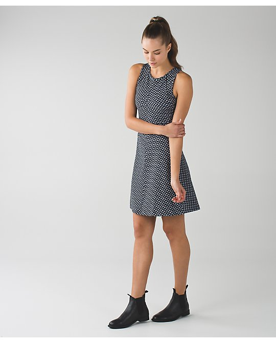 lululemon &Go-everwhere-dress