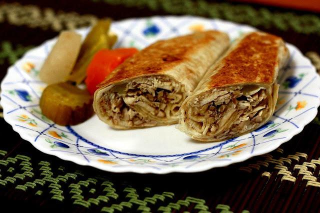 шаурма, шаурма домашняя, лаваш, лаваш армянский, кухня армянская, из лаваша, блюда из лаваша, закуски, закуски из лаваша, закуски с мясом, закуски с овощами, еда, рецепты, рецепты кулинарные, рецепты шаурмы, быстрый завтрак, быстрое питание, как сделать шаурму своими руками, http://eda.parafraz.space/, Снеговики из безе для новогоднего стола, шаурма, шаурма домашняя, лаваш, лаваш армянский, кухня армянская, из лаваша, блюда из лаваша, закуски, закуски из лаваша, закуски с мясом, закуски с овощами, еда, рецепты, рецепты кулинарные, рецепты шаурмы, быстрый завтрак, быстрое питание, как сделать шаурму своими руками, как готовить, шаурма из лаваша в домашних условиях, рецепт шаурмы, как приготовить домашнюю шаурму, шаурму, http://prazdnichnymir.ru/ что можно завернуть в лаваш вкусно и просто, как приготовить лаваш для шаурмы, шаурма в домашних условиях, как правильно завернуть шаурму в лаваш, в домашних условиях, шаурма рецепт с фото, шаурма фото, как свернуть шаурму из лаваша, как сделать тонкий лаваш для шаурмы, как правильно делать шаурму в лаваше, шаурма из лаваша в домашних условиях с курицей шаурма из лаваша в домашних условиях с колбасой, шаурма из лаваша в домашних условиях рецепт с фото, шаурма из лаваша с курицей, что такое шаурма, спрингг роллы, закуски из лаваша, спринг роллы в лаваше, как приготовить спринт роллы,как готовить шаурму,