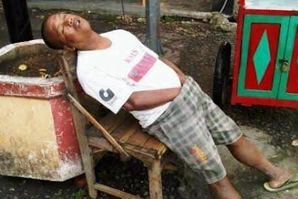31 Pose Tidur Lucu Yang Bikin Tertawa Terbahak-bahak