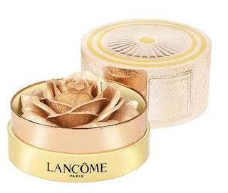 http://track.effiliation.com/servlet/effi.redir?id_compteur=21960029&url=https://www.lancome.fr/maquillage/teint/highlighter/la-rose-a-poudrer/A01467-LAC.html%23q%3Drose%2B%C3%A0%2Bpoudrer%26start%3D1