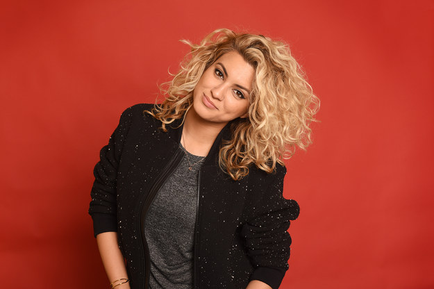 Video: Tori Kelly - Don't You Worry 'Bout A Thing