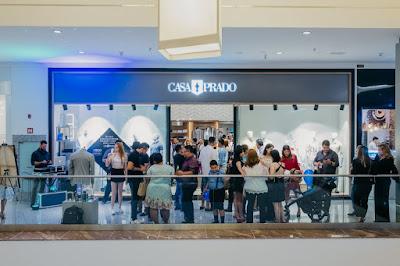 Referência em moda masculina, a Casa Prado inaugurou oficialmente, na noite  desta quarta-feira (19.12) sua mais nova unidade. Trata-se da loja  instalada no ... cdcd44ff58