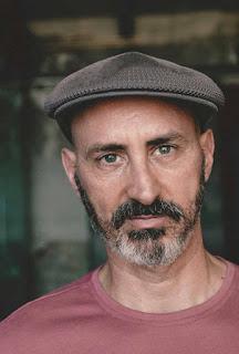 David Generoso, autor de TR3S. Cómo olvidar lo inolvidable y otros relatos para recordar - Cine de Escritor