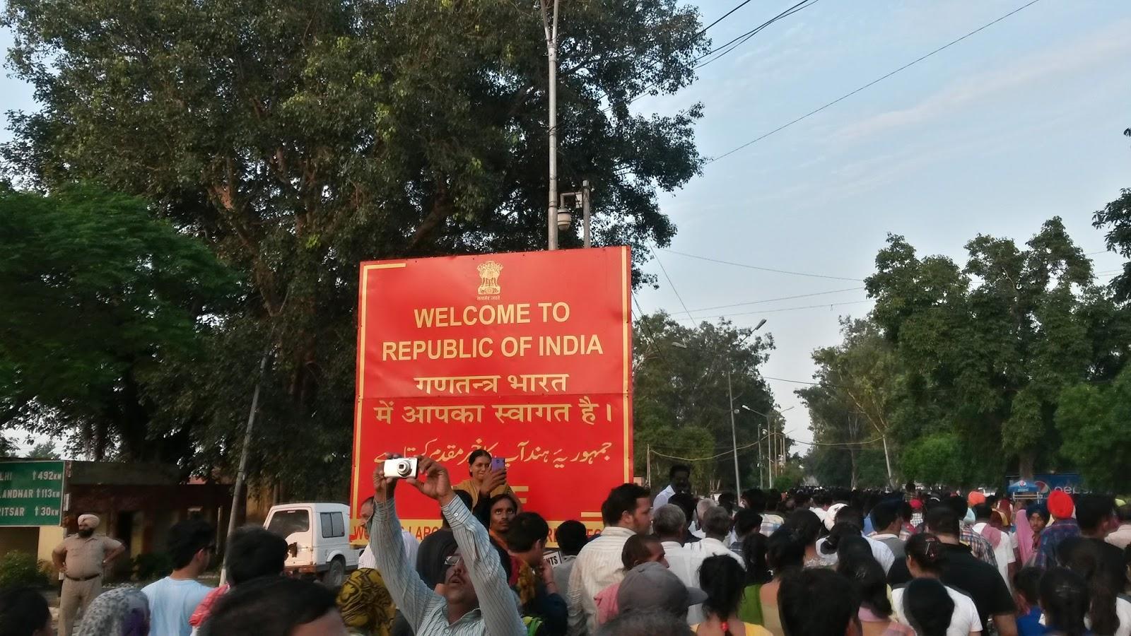 wagah border amritsar lahor pakistan india hindistan