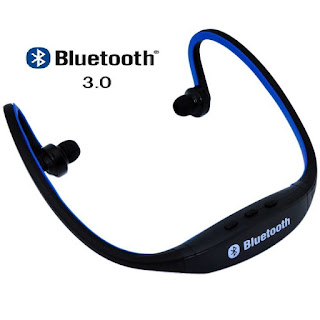best bluetooth in ear headphones with microphone under 1000 rupees best headphones in india. Black Bedroom Furniture Sets. Home Design Ideas