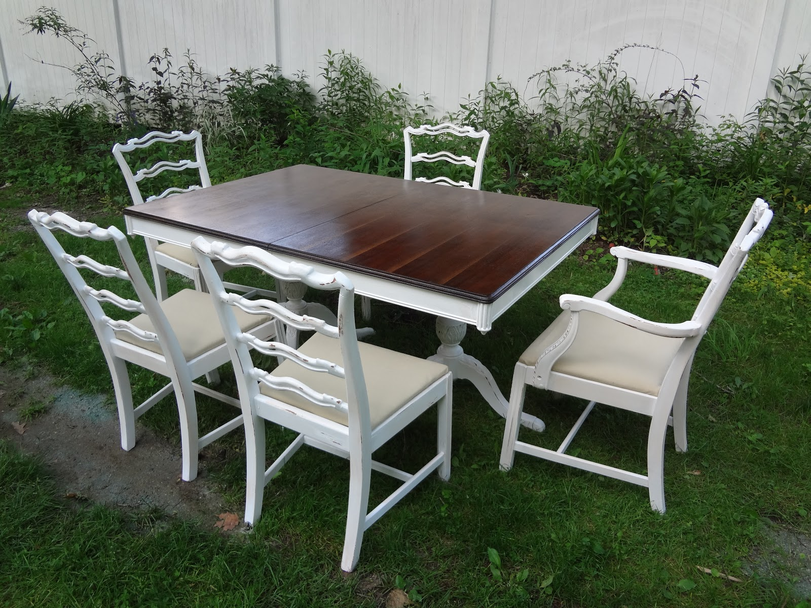 Old World Dining Set: Heir And Space: An Old World French Country Dining Set